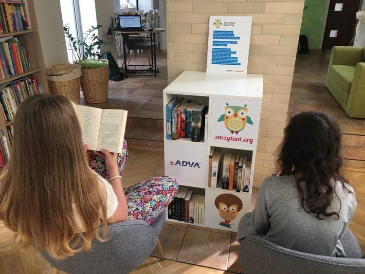 Zaczytana Biblioteka od firmy ADVA w Gdyni